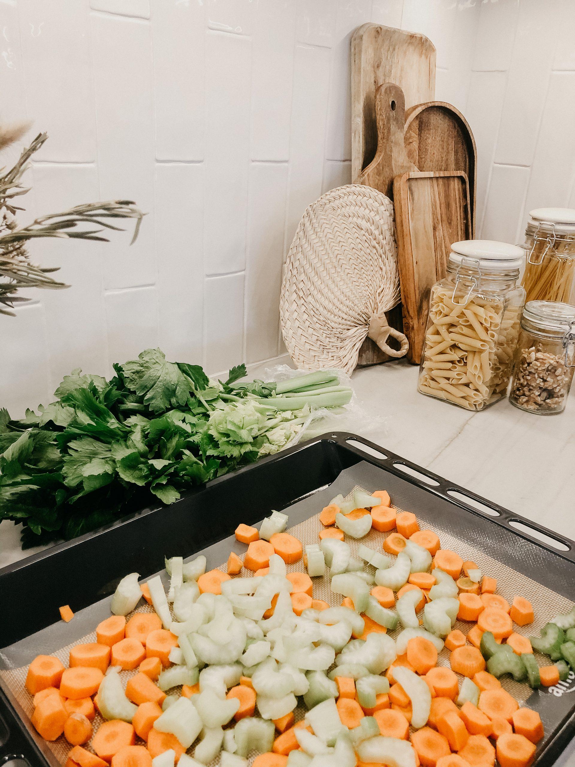 verduras cortadas para preparar graving